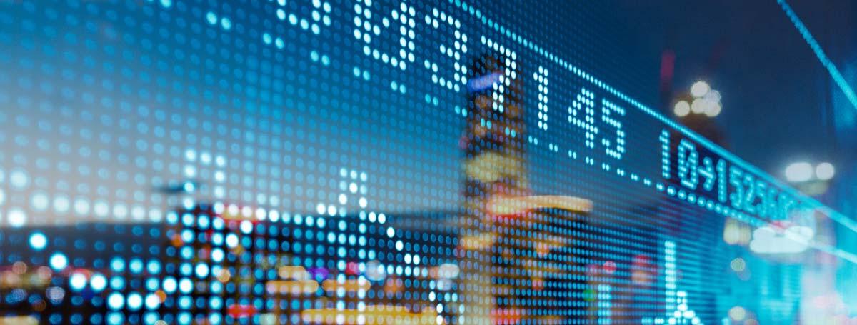 Extracting Business Value through Data Analytics